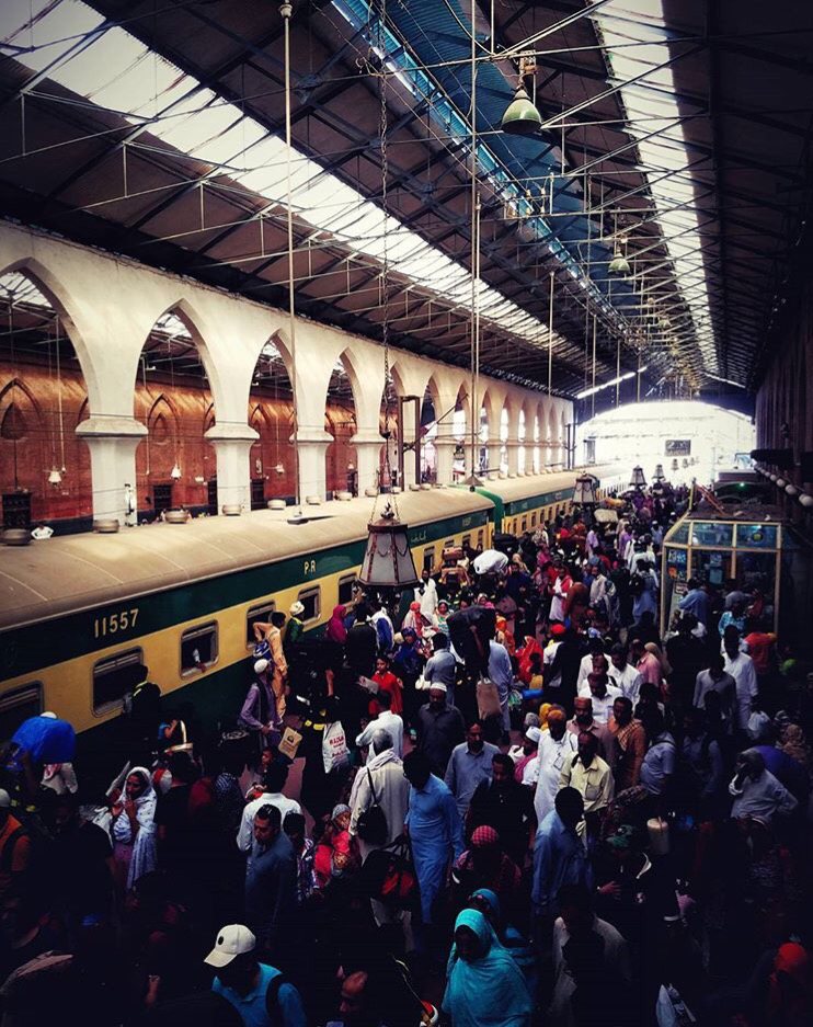 A photography by Pakistani photographer Salman Alam Khan of the Pakistan Railways station in Lahore, Pakistan. Taken from Instagram @thesalmanalam